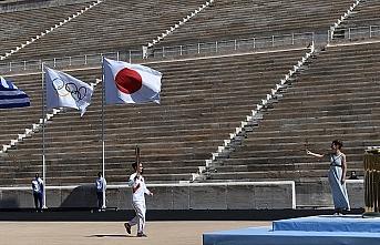 Olimpiyat meşalesi koronavirüs nedeniyle sergiden kaldırılacak