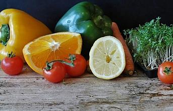 Uzmanından 'çiğ tüketilen gıdaları sirke, ozon ya da klorlu bol suyla yıkayın' uyarısı