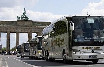 Almanya, AB ülkelerinden gelenlere karantina uygulamasını...