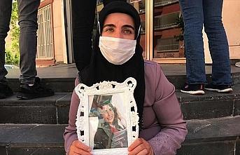 Diyarbakır annelerinden Mutlu: Kızımı almadan...