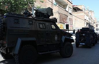 Diyarbakır'da polis memuru Arslan'ın şehit olduğu...