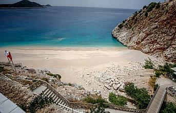 Dünyaca ünlü Kaputaş Plajı'nda 'koronavirüs'...
