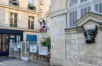Fransa'da Kovid-19'dan ölenlerin sayısı 28 bin...