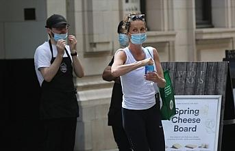 İngiltere'de erkeklerin kadınlardan daha az maske...