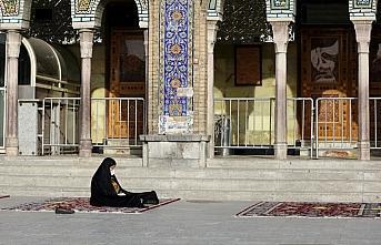 İran'da cami ve alışveriş merkezlerine yönelik...