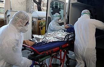 İran'da Kovid-19 nedeniyle ölenlerin sayısı 7...