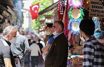 İstanbul'da çarşı-pazar hareketliliği yaşanıyor