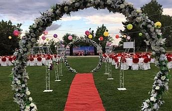 Kır Düğünü yapılmalı