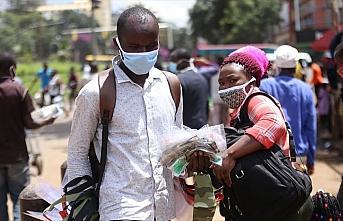 Oxford Üniversitesi Kovid-19 aşısını Afrikalılar üzerinde test etmeyi planlıyor