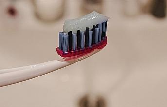 Uzmanından evde kalan çocuklar için 'diş sağlığı'...