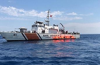 Yunan Sahil Güvenlik unsurlarınca Türk kara sularına...