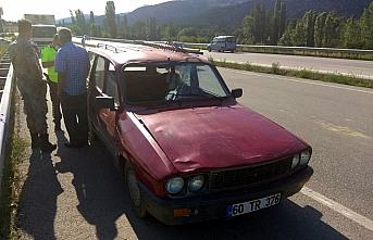 Amasya'da otomobilin çarptığı kişi öldü