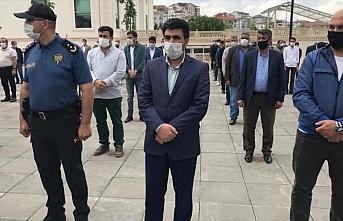 Ankara'da bıçaklanarak öldürülen gencin babası...
