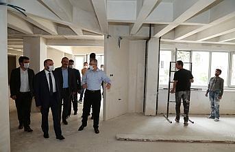 Artvin Valisi Doruk ile Cumhurbaşkanı Başdanışmanı Kışla, kentteki yatırımları inceledi