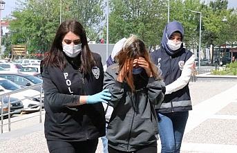 Bolu'da 2'si kadın 3 hırsızlık şüphelisi suçüstü...