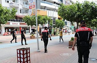 Bolu'da maske takmayanlara 900 lira ceza kesildi