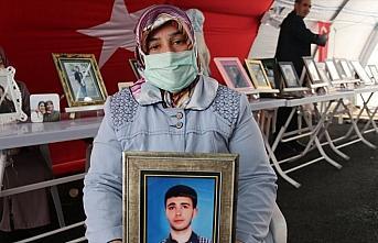 Diyarbakır annelerinden Ayten Elhaman: 200 yıl da...