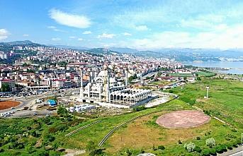 Doğu Karadeniz'in en büyük cami ve külliyesi yükseliyor