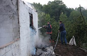 Düzce'de bağ evi yangını