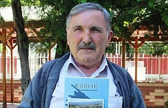 Emekli öğretmen köyünün geleneklerini kitaplaştırdı