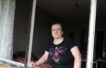 Evinin bir bölümü yanan kadın yardım bekliyor