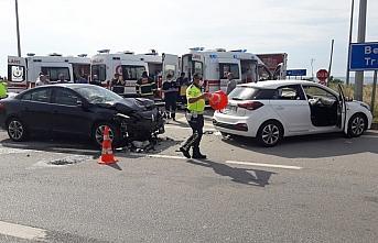 Giresun'da iki otomobilin çarpıştığı kazada 4 kişi yaralandı