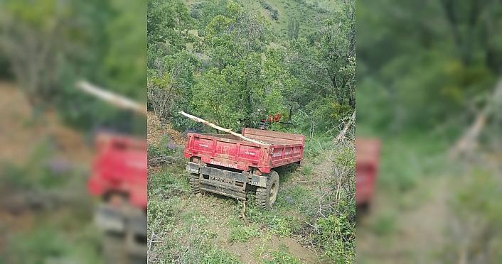 Giresun'da traktörün ağaçlara çarptığı kazada 3 kişi yaralandı