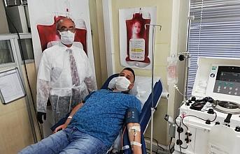Karabük'te Kovid-19'u yenen 12 kişi immün plazma...