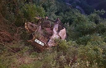 Karabük'te uçuruma yuvarlanan otomobilin sürücüsü...