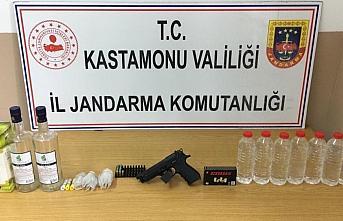 Kastamonu'da kaçak içki operasyonunda bir şüpheli...