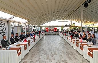 Kocaeli'ne atanan Vali Yavuz için veda yemeği düzenlendi