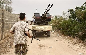 Libya ordusu ile Hafter milisleri arasında başkentin güneyinde şiddetli çatışmalar yaşanıyor