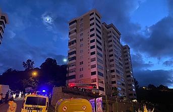 Ordu'da apartmanda çıkan yangında dumandan etkilenen...