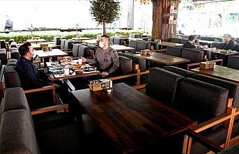 Restoran ve kafeler 'yeni normal'e uygun hizmet vermeye...