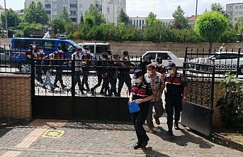 Samsun'da silah kaçakçılığı operasyonunda 7...