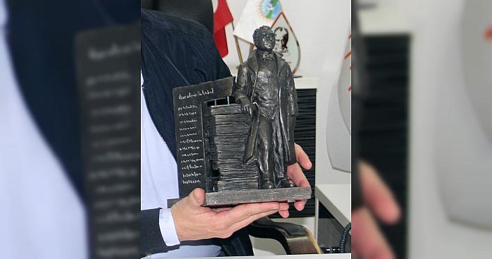 Sinop Belediyesi Sabahattin Ali'nin heykelini yaptıracak