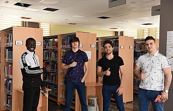 Yabancı öğrencilerden Türkiye'nin Kovid-19 ile mücadelesine övgü