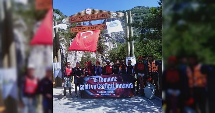 15 Temmuz şehitleri anısına Horma Kanyonu'nu geçtiler