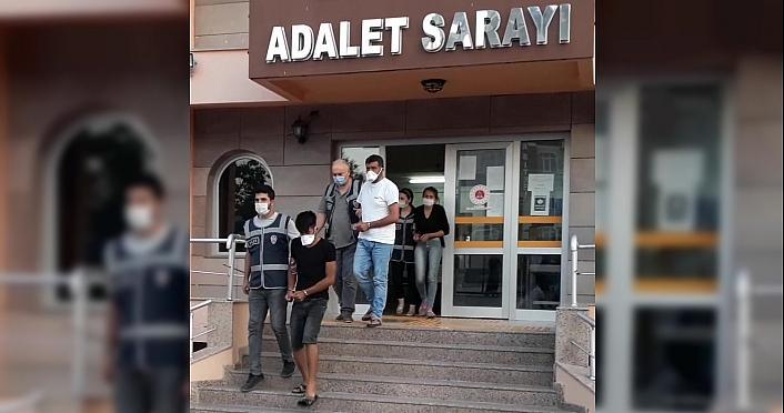 Amasya'da evden hırsızlık yaptığı iddiasıyla 3 kişi tutuklandı