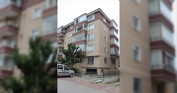 Bolu'da apartmanın 5. katından düşen anne ve bebeği öldü