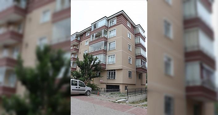 Bolu'da apartmanın 5. katından düşerek hayatını...
