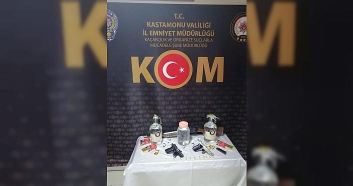 Kastamonu'da kaçak içki operasyonunda bir şüpheli yakalandı