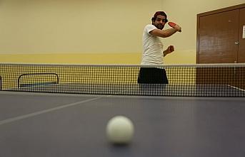 KBÜ'de masa tenisi turnuvası düzenlendi
