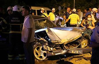 Ordu'da iki otomobil çarpıştı: 6 yaralı