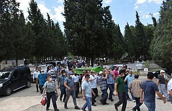 Sinop'ta denizde boğulan baba ve iki oğlunun cenazeleri...