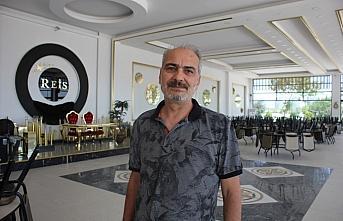 Suluova'da bir işletmeci düğün salonunu açmama...