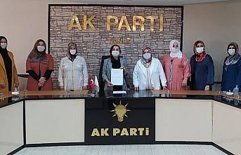 AK Partili kadınlardan Abdurrahman Dilipak'a tepki açıklaması