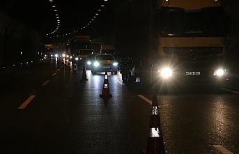 Bolu Dağı Tüneli'ndeki kaza ulaşımı aksattı