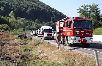 Düzce'de otomobil devrildi: 4 yaralı
