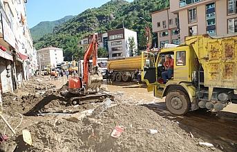 Giresun'daki selin ardından enkaz kaldırma çalışmaları sürdürülüyor